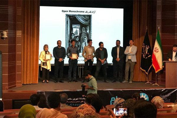 برگزیدگان پنجمین جشنواره عکس خیام جایزه گرفتند