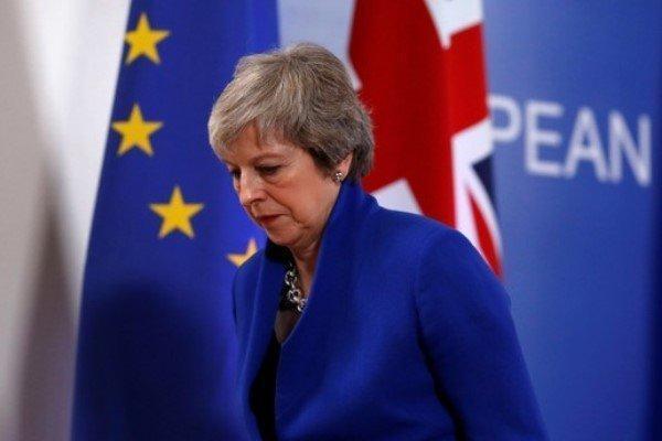 قانونگذاران به ترزا می مهلت دادند؛ اروپا مخالفت کرد