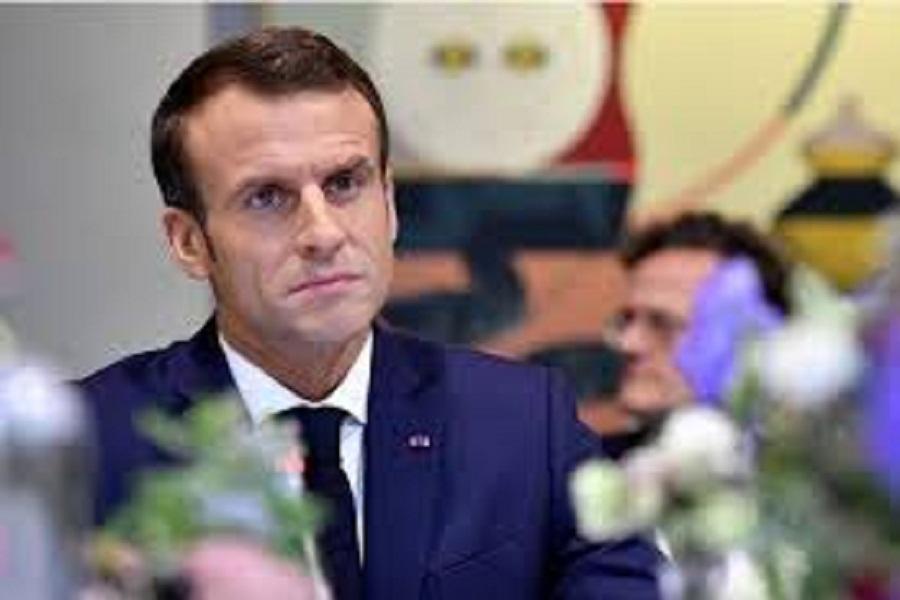 مکرون با روشنفکران فرانسوی دیدار کرد