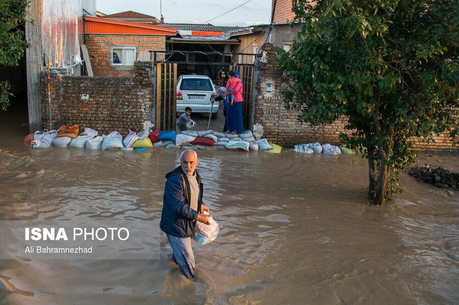 برق شهرهای سیل زده تا عبور سیلاب قطع است